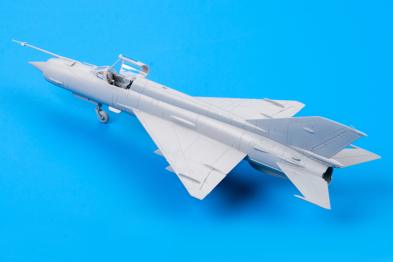 re-edition KARAYA 1//72 MiG-23 exhaust nozzle