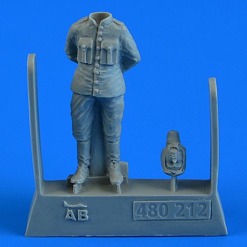 QAB480212