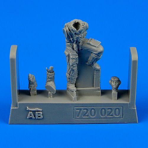 QAB720020
